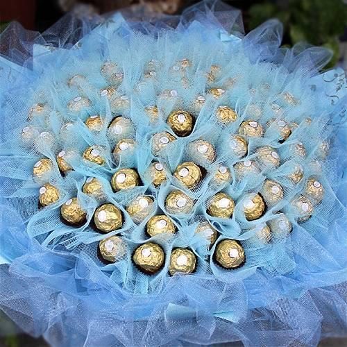 《海洋之戀》99朵金莎巧克力花束