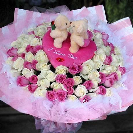 《Kiss我的愛》Kiss情侶99朵翡翠白紫天王玫瑰花束