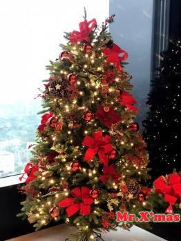 傳統紅原木色系聖誕樹