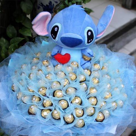 史迪奇玩偶+99朵金莎巧克力花束
