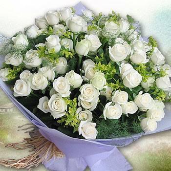 《真愛純情》田園自然風99朵翡翠白玫瑰