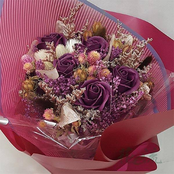 《紫香戀人》紫玫瑰皂花+粉彩乾燥花束