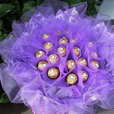 《紫是愛你》21朵甜蜜金莎巧克力花束