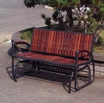 雙人公園搖搖椅 (實木扶手)