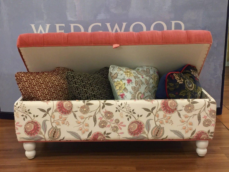 雙色可掀式床尾椅